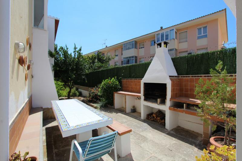 erdgeschossapartment im mediterranen stil in paguera mallorca immobilien sgi mallorca. Black Bedroom Furniture Sets. Home Design Ideas