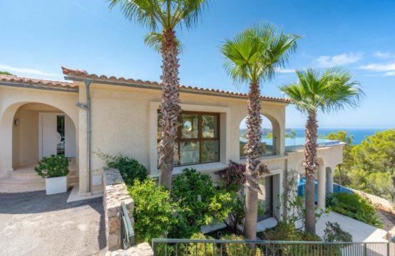 Elegante und Exklusive Villa mit Meerblick in Costa de la Calma | Ref.: R11951