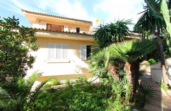 Villa in Perfektem Zustand in Bendinat   Ref.: 11981