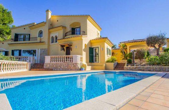 Prachtvolle Villa mit Meerblick in Nova Santa Ponsa   Ref.: 12010