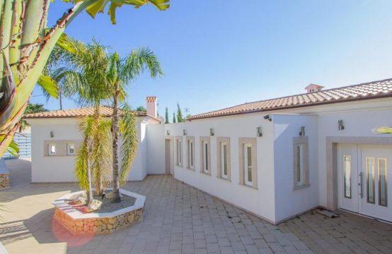 Wunderschöne Villa mit Meerblick zum Ferien Vermietungen in Paguera   Ref.: R12015
