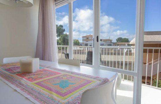 Gemütliche Wohnung, ideal für 2-3 Personen erbaut mit seitlichem Meerblick in Santa Ponsa   Ref.: 12022