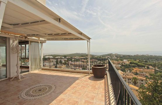 Schicke Wohnung mit Meerblick in Genova | Ref.: 11749