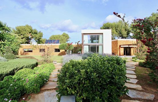 Spektakuläre Villa im Bungalow-Stil am Golfplatz in Santa Ponsa | Ref.: 11811