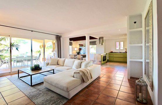 Wunderschönes Mediterranes Erdgeschoss-Apartment in Erster Linie Golf in Nova Santa Ponsa   Ref.: 11821
