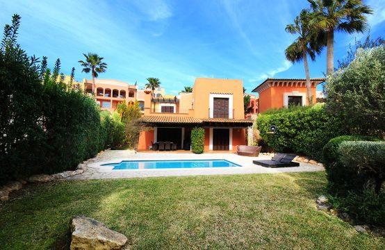 Haus im Mediterranen Stil im Luxus-Komplex in Santa Ponsa   Ref.: 11870