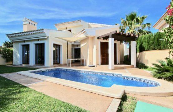 Schönes Haus im Mediterranen Stil am Golfplatz von Santa Ponsa   Ref.: 11900