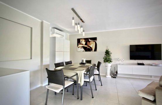 Wohnung komplett renoviert im Club Naútico von Santa Ponsa   Ref.: 11781