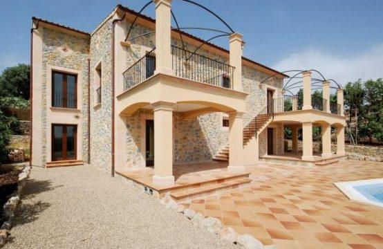 Luxuriöse Neubauvilla im Fincastil am Ortsrand von Calvia, Mallorca | Ref.: 6375