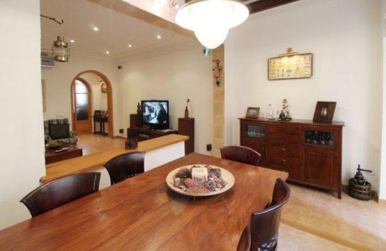 Modernisiertes Stadthaus für die kleine Familie | Ref.: 12446