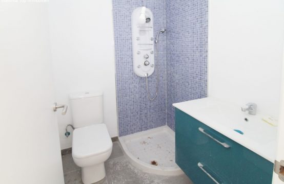 Schöne Wohnung mit 3 Schlafzimmer   Ref.: 12459