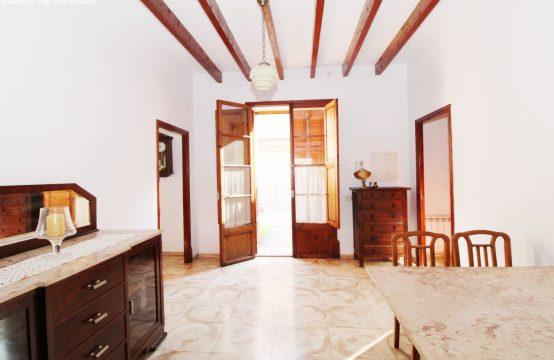 Santa Maria del Cami. Renovierungsbedürftiges Stadthaus | Ref.: 12472