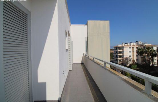 Penthouse Wohnung mit Meerblick und Poolanlage   Ref.: 12478
