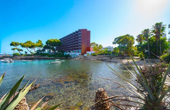Wunderschönes Apartment in Erster Meereslinie in Illetas | Ref.: 11656