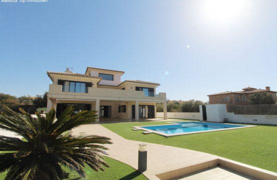 Luxusvilla mit Pool und Meerblick | Ref.: 12371