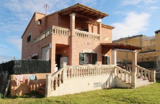 Solides Einfamilienhaus mit Einliegerwohnung | Ref.: 12532