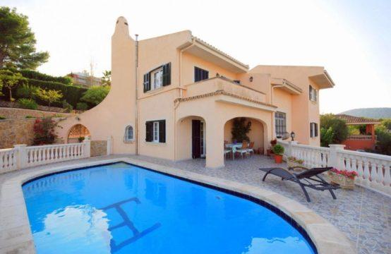Großzügiges Haus in Palmanova, Mallorca   Ref.: 10124