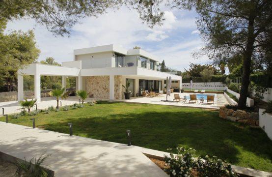 Moderne Luxusvilla in Nova Santa Ponsa   Ref.: R11559