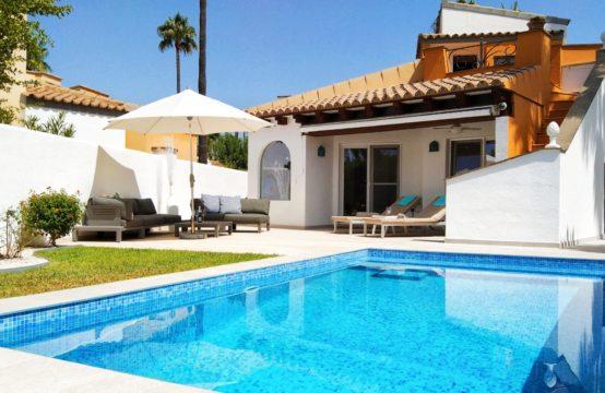 Villa in perfekt gepflegter Anlage in Nova Santa Ponsa   Ref.: 12845
