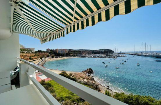 Wunderschöne Apartment Wohnung in Erster Meereslinie in El Toro, Port Adriano | Ref.: 12913